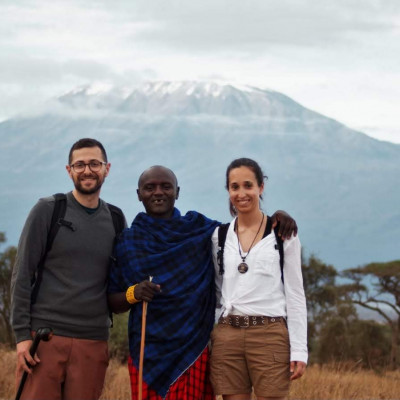 lorena y dani en la reserva nacional de amboseli
